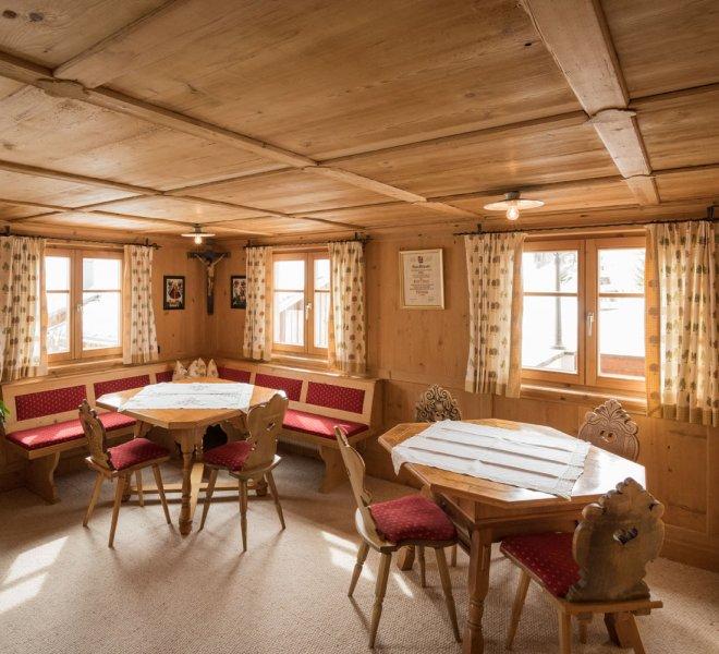 Stube Haus Hubertus Warth